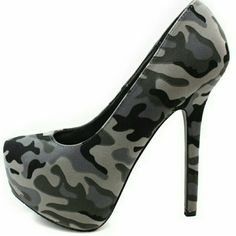 """✴BRECKELLES✴ GRAY CAMO HEELS✴NIB Stunning. Perfect fit. More beautiful in person then the pictures. Heel 5.5"""" Sexy! Look great with these beauties Buy or make an offer ✴✴ Breckelles Shoes Heels"""