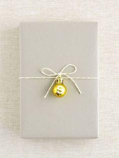 Creative Christmas Gifts, Christmas Gift Wrapping, Creative Gifts, Christmas Presents, Diy Gifts, Christmas Time, Holiday Gifts, Christmas Crafts, Christmas Decorations