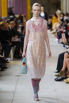Miu Miu Spring 2018 Ready-to-Wear  Fashion Show Collection