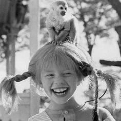 Pippi Longstocking-I LOVED these movies as a kid. It made me want to live on my own (as a child) and clean the floors by strapping scrub brushes to my feet and skating around the house on them! Pippi Longstocking, Cartoon Cartoon, Photo Trop Belle, Lewis Carroll, The Good Old Days, Great Movies, Back In The Day, I Movie, Childhood Memories