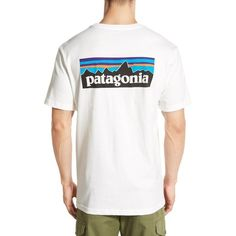 Men's Patagonia 'P-6 Logo' Organic Cotton T-Shirt (44 CAD) ❤ liked on Polyvore featuring men's fashion, men's clothing, men's shirts, men's t-shirts, white, mens logo t shirts, men's regular fit shirts, men's organic cotton t shirts, mens white shirts and mens jerseys
