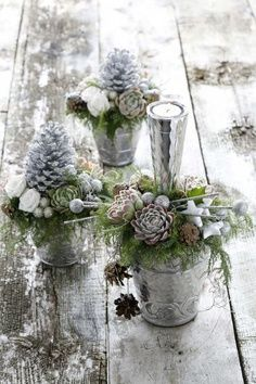 White and silver Christmas centerpieces 51 Exquisite Totally White Vintage Christmas Ideas Vintage White Christmas, Silver Christmas, Noel Christmas, Green Christmas, All Things Christmas, Christmas Crafts, Rustic Christmas, Beautiful Christmas, Outdoor Christmas
