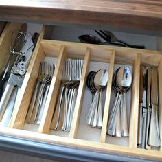 November is a really good time to do some quick sprucing to your kitchen before the holiday rush — which is why I bring up this #tbt project of my silverware drawer organizer — made for less than $10! Search the blog for more info (and join my woodworking #organization #woodworking #kitchenideas