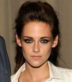 Dress Me: How To: Kristen Stewart's smokey-eye make-up