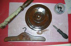 colgador de collares peana para reparar Furniture Restoration, Objects, Necklaces, Wood, Interiors, Home