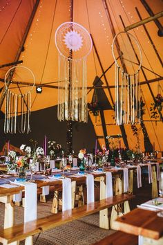 Giant Dream Catchers - Sami Tipi Wedding Table Scape Image by Frankee Victoria Photography Tepee Wedding, Boho Wedding, Wedding Table, Dream Wedding, Woodland Wedding, Wedding Reception, Tipi Wedding Inspiration, Wedding Ideas, Wedding Planning
