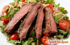This filling steak salad is packed with protein (25 grams) and only 360 calories. | via @SparkPeople #recipe #beef