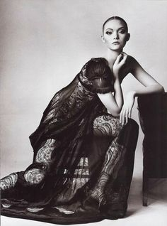 Gemma Ward photographed by Irving Penn for Vogue