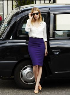 high waisted pencil skirt and blouse. love the color of the skirt.