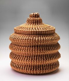 pine needle basket via the smithsonian