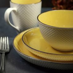 Yellow Dinnerware, Lemon Kitchen Decor, Kitchen Ideas, Yellow Interior, Subtle Textures, Golden Yellow, Soft Colors, Dinner Plates, Stoneware