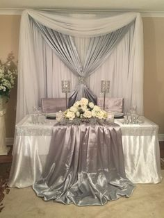 Sweetheart table for silver wedding decor Wedding Table Decorations, Wedding Centerpieces, Table Wedding, Wedding Church, Wedding Ceremony, Party Wedding, Wedding Bride, Wedding Scene, Tall Centerpiece