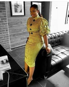 2020 African print dresses are ever available for flawless looks and fashion trends keep changing with time, this is why I've selected these latest styles to African Fashion Ankara, Latest African Fashion Dresses, African Print Fashion, African Style, Short African Dresses, African Print Dresses, Ankara Mode, Ankara Dress Styles, Ankara Styles For Women
