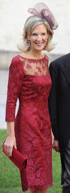 Katharina von Habsburg, daughter of Archduke Rudolph, granddaughter of Emperor Karl. Gorgeous dress, mother of bride? Miguel Angel, Dior Fashion, Fashion Dresses, High Society, Westminster, Royals Today, Franz Josef I, Prince Héritier, Casa Real