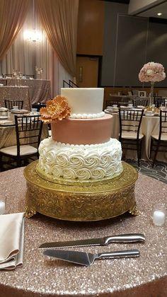 Wedding Cake. Elegant Wedding Cake. Pop of color Wedding Cake. Trendy Wedding Cake. Trendy Wedding. Wedding Planning. Rosette Cake. Buttercream Cake
