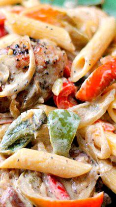 Chicken and Peppers in White Sauce ~ Absolutely Delicious.
