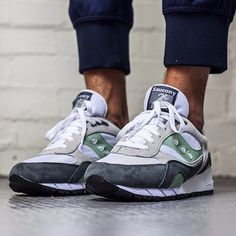 Fancy - Saucony White, Grey & Mint Shadow 6000 Sneakers