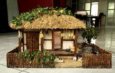 Old house, thatched roof houses, Dollhouse Miniatures