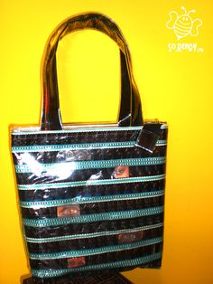 Borsa intrecci, shopper #soreadystyle #riciclo #pvc #bag #banner #pellicola #cinema- di So.Ready Lab - soreadylab.etsy.com