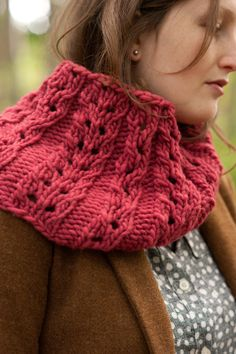 gilsland cowl by carrie bostick hoge in quince & co. puffin