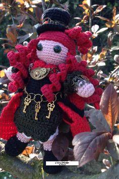 #Amigurumi #crochet #doll #steampunk #victorian #age #victorianage #handmade #handcrafted #handmadedoll #handmadeinitaly #uncimatto #jewel Pattern by L'UnciMatto di Monia