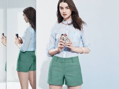 Selfie Style: Choose a color that'll stand out in the feed.