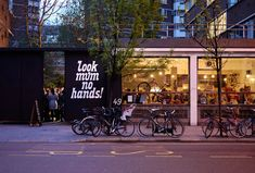 Brilliant cycling cafe in london. Look Mum No Hands, Old Street Bicycle Cafe, Bicycle Store, Cafe Shop, Cafe Bar, Best Cycle, Coffee Business, Old Street, Great Coffee, London Calling