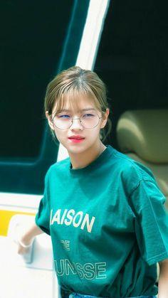 Nayeon, Twice Jungyeon, Twice Kpop, South Korean Girls, Korean Girl Groups, Twice Korean, Beauty And The Best, Babe, Dahyun