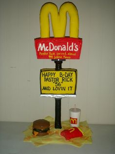 McDonalds cake Mc Donald Birthday, Cupcake Cakes, Cupcakes, Cake Gallery, Happy B Day, Awesome Cakes, Clay Crafts, Ronald Mcdonald, Cake Recipes