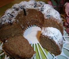 Jablečno - perníková bábovka   NejRecept.cz Bunt Cakes, Food Hacks, Nutella, Deserts, Food And Drink, Cooking Recipes, Yummy Food, Sweets, Cookies