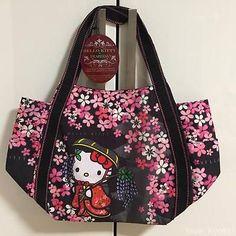 a911bcc9c7ca F S Hello Kitty Dearisimo Japanese Kimono Cherry Bloosom Bag from Kyoto  Japan