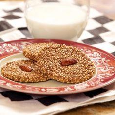 Flourless Sesame Cookies