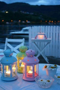 love the lanterns. Decoraciones Ramadan, Ramadan Lantern, Beautiful Nature Wallpaper, Ramadan Decorations, Candle Lanterns, Ikea Lanterns, Pretty Wallpapers, Jolie Photo, Summer Breeze