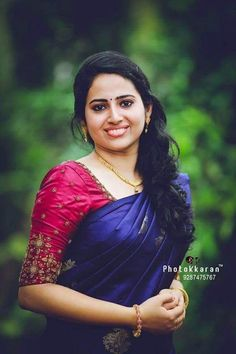 Wedding Sarees - Over Women's ethnic wear - top selection Simple Blouse Designs, Stylish Blouse Design, Fancy Blouse Designs, Blouse Neck Designs, Kerala Saree Blouse Designs, Wedding Saree Blouse Designs, Half Saree Designs, Wedding Sarees, Engagement Saree