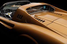 World Classic Car Expertise Sexy Cars, Hot Cars, Premium Cars, Geneva Motor Show, Ferrari Car, Gas Pumps, Automotive Art, Car In The World