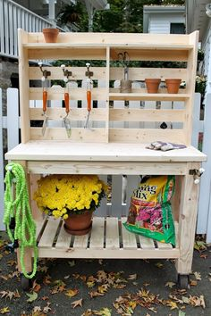 Great Idea 75+ Genius and Low-Budget DIY Pallet Garden Bench for Your Beautiful Outdoor Space https://decoredo.com/6042-75-genius-and-low-budget-diy-pallet-garden-bench-for-your-beautiful-outdoor-space/ #GardenBench