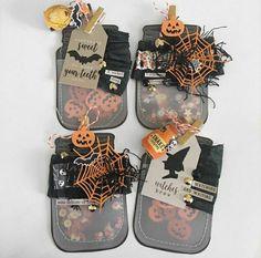 Halloween Paper Crafts, Halloween Tags, Halloween Projects, Holidays Halloween, Vintage Halloween, Halloween Wishes, Halloween Ideas, Mason Jar Tags, Halloween Mason Jars