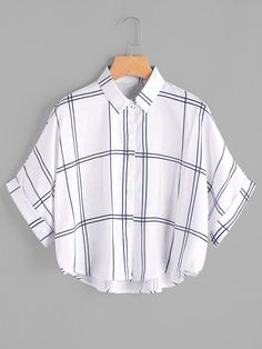 Young Casual Plaid Shirt Oversized Collar Half Sleeve Batwing Sleeve and Roll Up Sleeve White Grid Print Dip Hem Cuffed Blouse Girls Fashion Clothes, Teen Fashion Outfits, Cool Outfits, Casual Outfits, Dress Fashion, Fashion Fashion, Fashion Ideas, Vintage Fashion, Fashion Tips