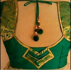 Beautiful Blouse Back Neck Designs - Image Of Blouse and Pocket Blouse Neck Patterns, Saree Blouse Neck Designs, Designer Blouse Patterns, Dress Neck Designs, Blouse Neck Models, Latest Blouse Neck Designs, Chudi Neck Designs, Patch Work Blouse Designs, Simple Blouse Designs