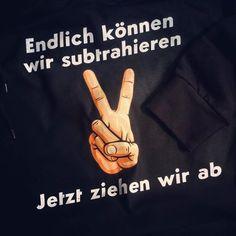 Kostenloser Katalog unter www.shirts-n-druck.de #ak17 #ak2017 #wirziehenab #abschlusspulli #abschlussmotto #abschluss #shirtsndruck