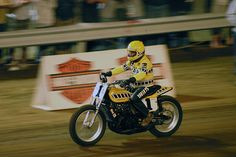 Kenny Roberts back on the two stroke. GP Yamaha TZ 750 4 cylinder two stroke powered dirt tracker.