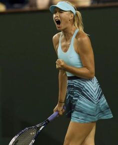 Maria Sharapova in her new spring Nike separates. More info here:  http://www.womenstennisblog.com/2014/03/09/sharapova-wins-indian-wells-opener-new-nike-separates/
