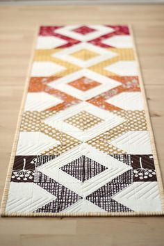 Fall Table Runner | from Marta with love http://frommartawithlove.com/fall-table-runner/