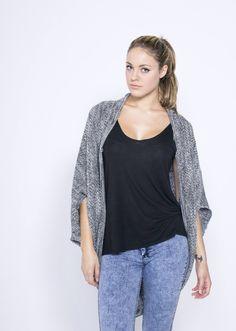 Gilet couverture 45€ #creationbiijoux123 #eshop #mode #fashion #gilet #tenue #woole