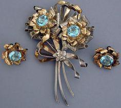 Hobé - Bijoux Vintage - Broche 'Bouquet' et Boucles d'Oreilles - Argent - Aigue Marine Imitation - Années 40