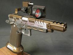 Gorgeous Race Gun, 28 Year's ago when I Won My State Pistol Championship, a Gun Like This was only a Dream.!!!