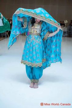 Afghan culture Traditional Fashion, Traditional Dresses, Indian Designer Outfits, Designer Dresses, Stylish Dresses, Fashion Dresses, Maxi Dresses, Afghan Wedding Dress, Afghani Clothes