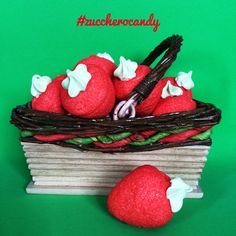 Lollipops, Marshmallows, E Design, Candies, Confetti, Picnic, Basket, Tootsie Pops, Marshmallow