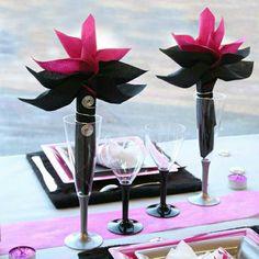 thousands of ideas about pliage serviette fleur on. Black Bedroom Furniture Sets. Home Design Ideas