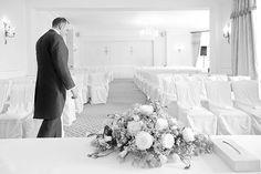 http://davidlevantis.com/2012/08/05/sophia-bens-wedding-dyrham-park-country-club/